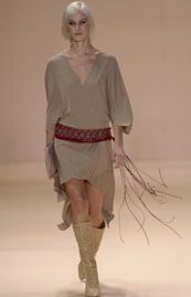 BCBG Spring 2002 Ready-to-Wear Collection 0001