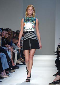 Balenciaga Spring 2003 Ready-to-Wear Collection 0001