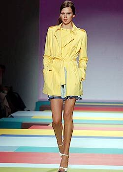 Cacharel Spring 2003 Ready-to-Wear Collection 0001