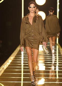 Christian Dior Spring 2003 Ready-to-Wear Collection 0002