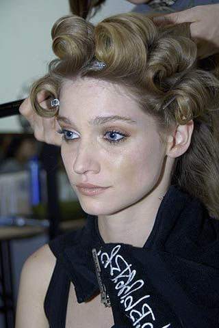 Costello Tagliapietra Spring 2007 Ready-to-wear Backstage 0001