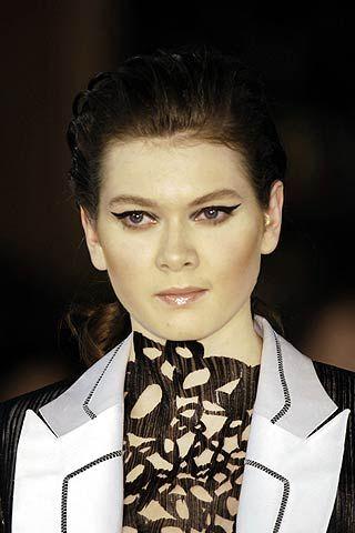 Dominique Sirop Spring 2006 Haute Couture Detail 0001