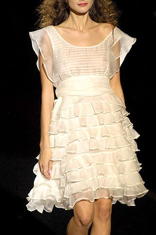 Betsey Johnson Spring 2007 Ready-to-wear Detail 0001