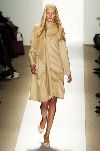 Luca Luca Fall 2006 Ready-to-Wear Collections 0001