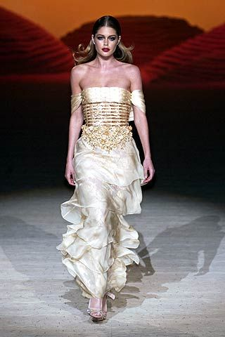 Valentino Spring 2006 Haute Couture Collections 0001
