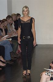 Katayone Adeli Spring 2002 Ready-to-Wear Collection 0001