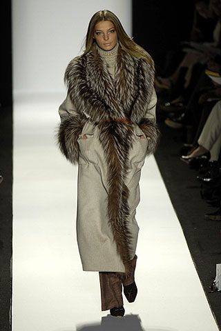 Carolina Herrera Fall 2006 Ready-to-Wear Collections 0001