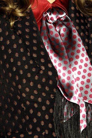 Nanette Lepore Fall 2006 Ready-to-Wear Detail 0001