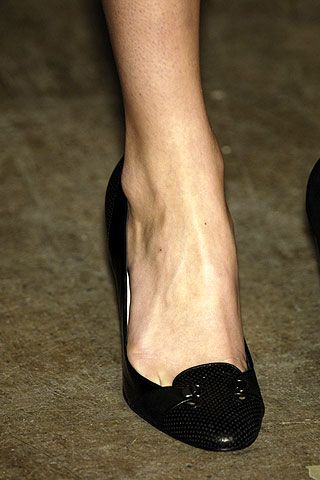 Behnaz Sarafpour Fall 2006 Ready-to-Wear Detail 0001