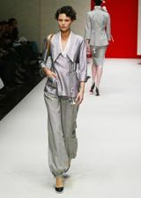 Gianfranco Ferre Spring 2003 Ready-to-Wear Collection 0002