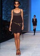 Chloe Spring 2003 Ready-to-Wear Collection 0002