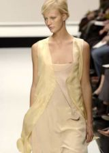 Krizia Spring 2003 Ready-to-Wear Collection 0002
