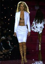 Julien Macdonald Spring 2003 Ready-to-Wear Collection 0002