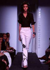 Diane von Furstenberg Spring 2003 Ready-to-Wear Collection 0003