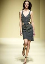 La Perla Spring 2003 Ready-to-Wear Collection 0002