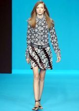 Andrew Gn Spring 2003 Ready-to-Wear Collection 0002