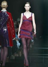 Alberta Ferretti Fall 2003 Ready-to-Wear Collections 0002