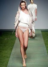 Laura Biagiotti Spring 2003 Ready-to-Wear Collection 0002