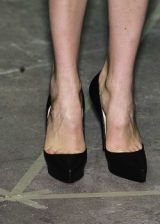 Roland Mouret Fall 2005 Ready-to-Wear Detail 0003