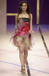 Christian Lacroix Spring 2002 Ready-to-Wear Collection 0003