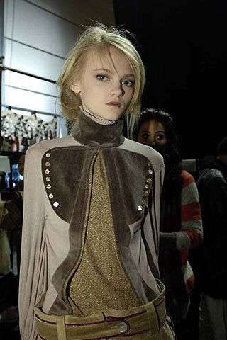 Bora Aksu Fall 2006 Ready-to-Wear Backstage 0003