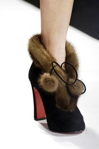 Diane von Furstenberg Fall 2006 Ready-to-Wear Detail 0003