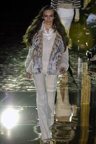 Julien MacDonald Fall 2006 Ready-to-Wear Collections 0003