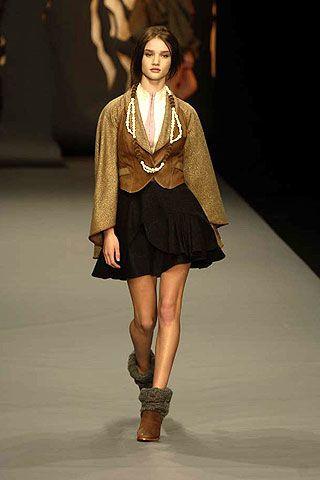Bora Aksu Fall 2006 Ready-to-Wear Collections 0002