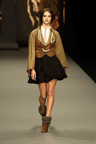 Bora Aksu Fall 2006 Ready-to-Wear Collections 0002