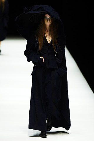 Yohji Yamamoto Fall 2006 Ready-to-Wear Collections 0003