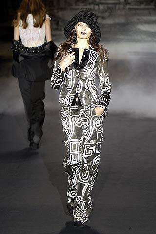 Mariella Burani Fall 2006 Ready-to-Wear Collections 0002