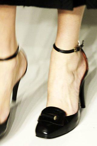 Calvin Klein Fall 2006 Ready-to-Wear Detail 0003