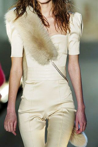 Anna Molinari Fall 2006 Ready-to-Wear Detail 0003
