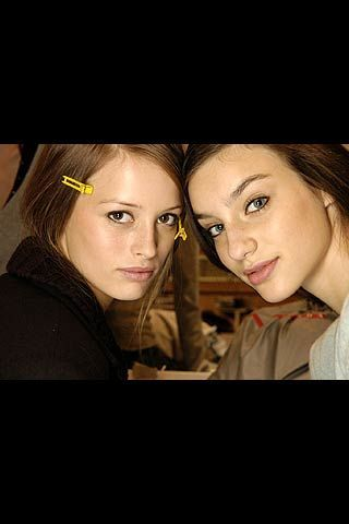 Andrew Gn Fall 2006 Ready-to-Wear Backstage 0003