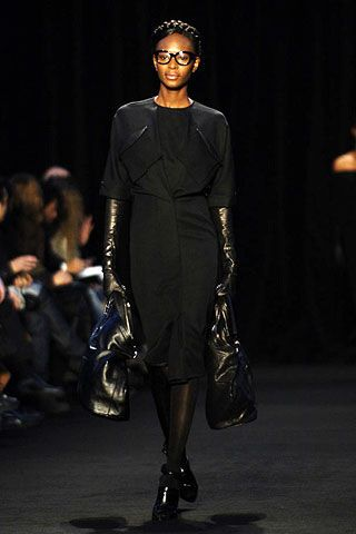 Givenchy Fall 2006 Ready-to-Wear Collections 0003