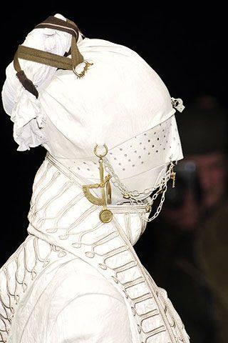 Undercover Fall 2006 Ready-to-Wear Detail 0002