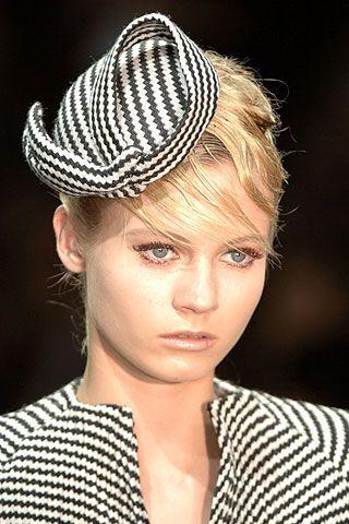 Giorgio Armani Prive Fall 2006 Haute Couture Detail 0003