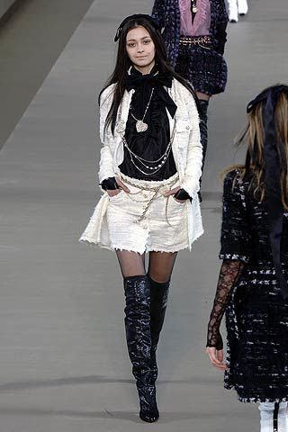Chanel Fall 2006 Ready-to-Wear Collections 0002