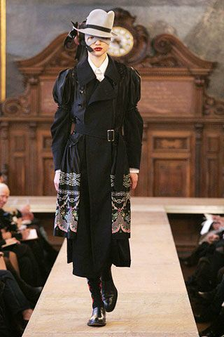 Comme des Garcons Fall 2006 Ready-to-Wear Collections 0002