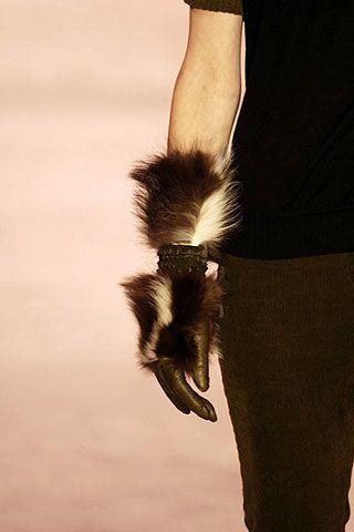 Nina Ricci Fall 2006 Ready-to-Wear Detail 0003