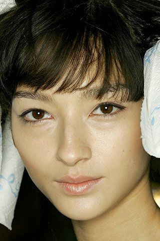 BCBG Max Azria Spring 2007 Ready-to-wear Backstage 0002