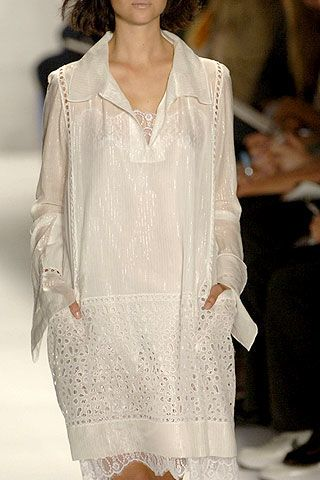 BCBG Max Azria Spring 2007 Ready-to-wear Detail 0003
