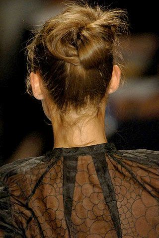 Tuleh Spring 2007 Ready-to-wear Detail 0002