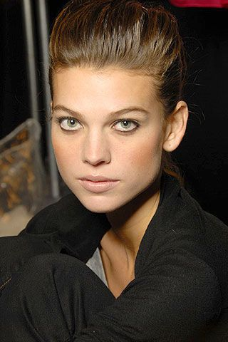 Carolina Herrera Spring 2007 Ready-to-wear Backstage 0003