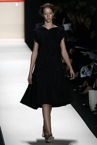 Vera Wang Spring 2007 Ready-to-wear Collections 0002
