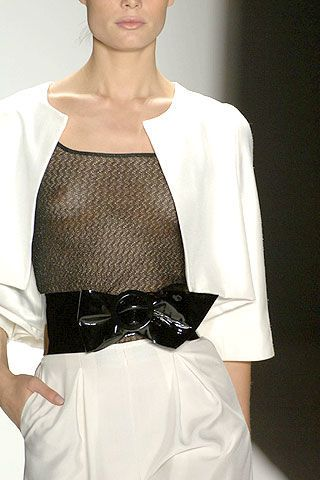 Carmen Marc Valvo Spring 2007 Ready-to-wear Detail 0002