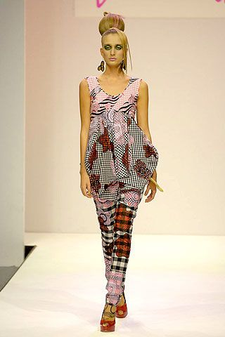 Zandra Rhodes Spring 2007 Ready-to-wear Collections 0003