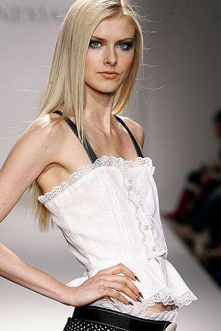 Venexiana Spring 2007 Ready-to-wear Detail 0003