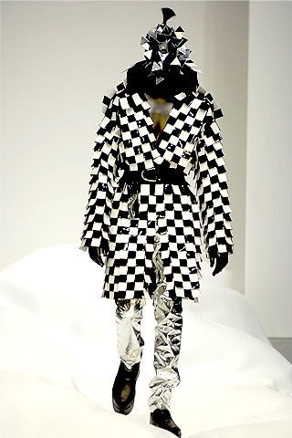 Gareth Pugh Spring 2007 Ready-to-wear Collections 0003