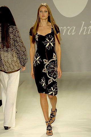 Allegra Hicks Spring 2007 Ready-to-wear Collections 0003